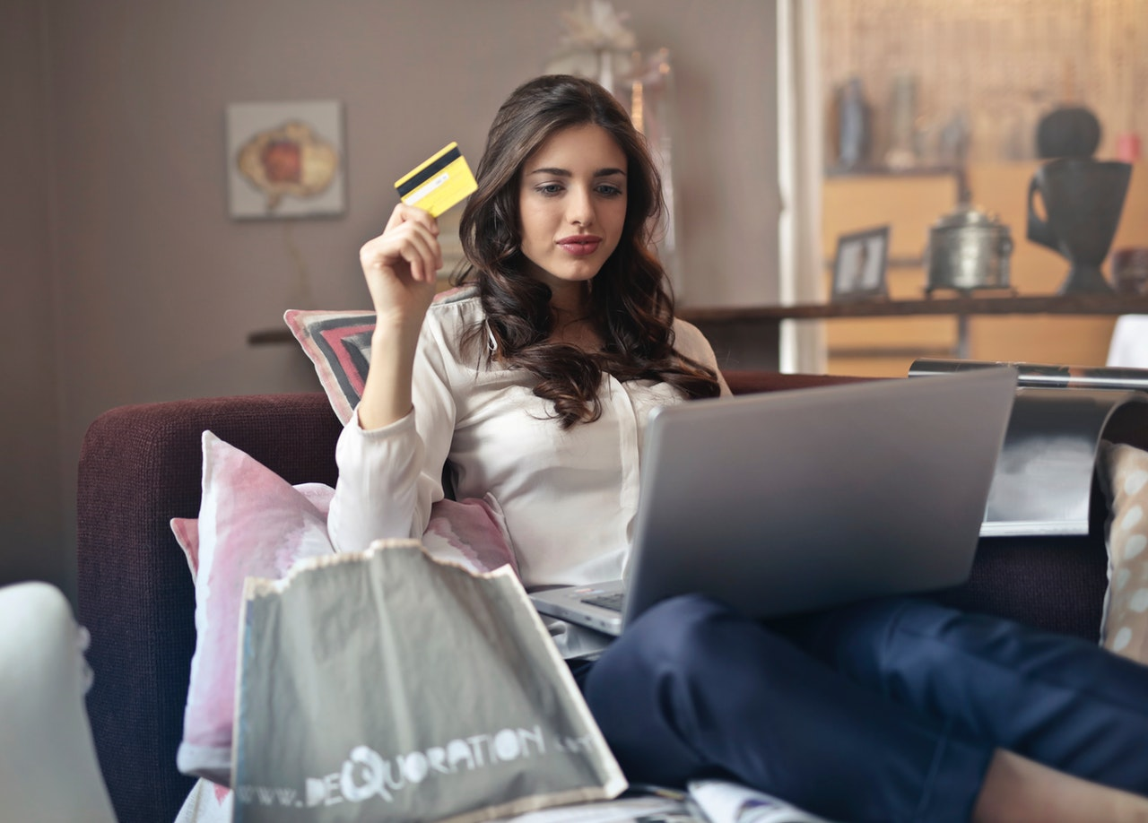 Pay easily on online